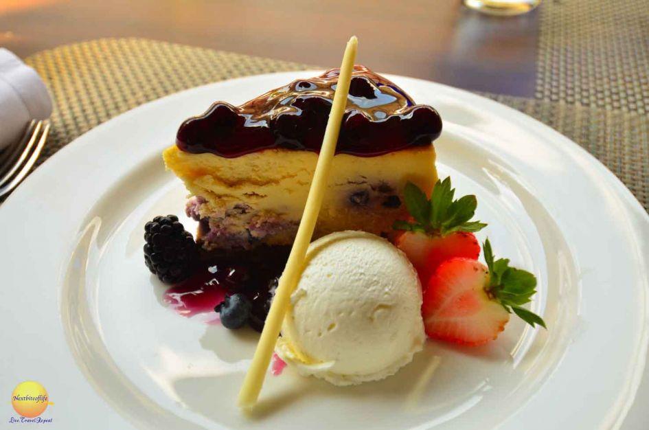 chatrium hotel riverside bangkok dessert