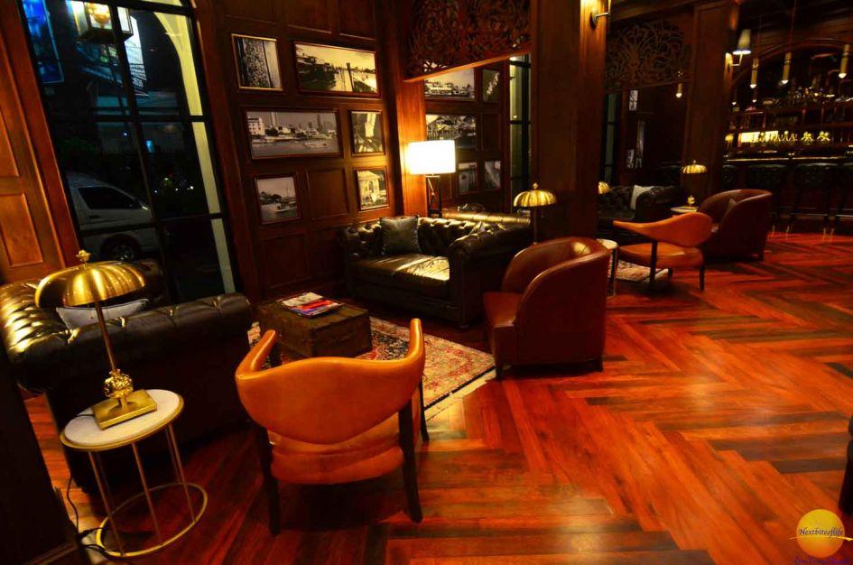 metropole bangkok lobby