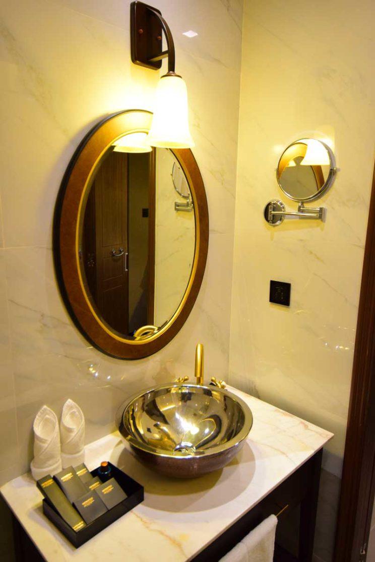 metropole hotel-sink