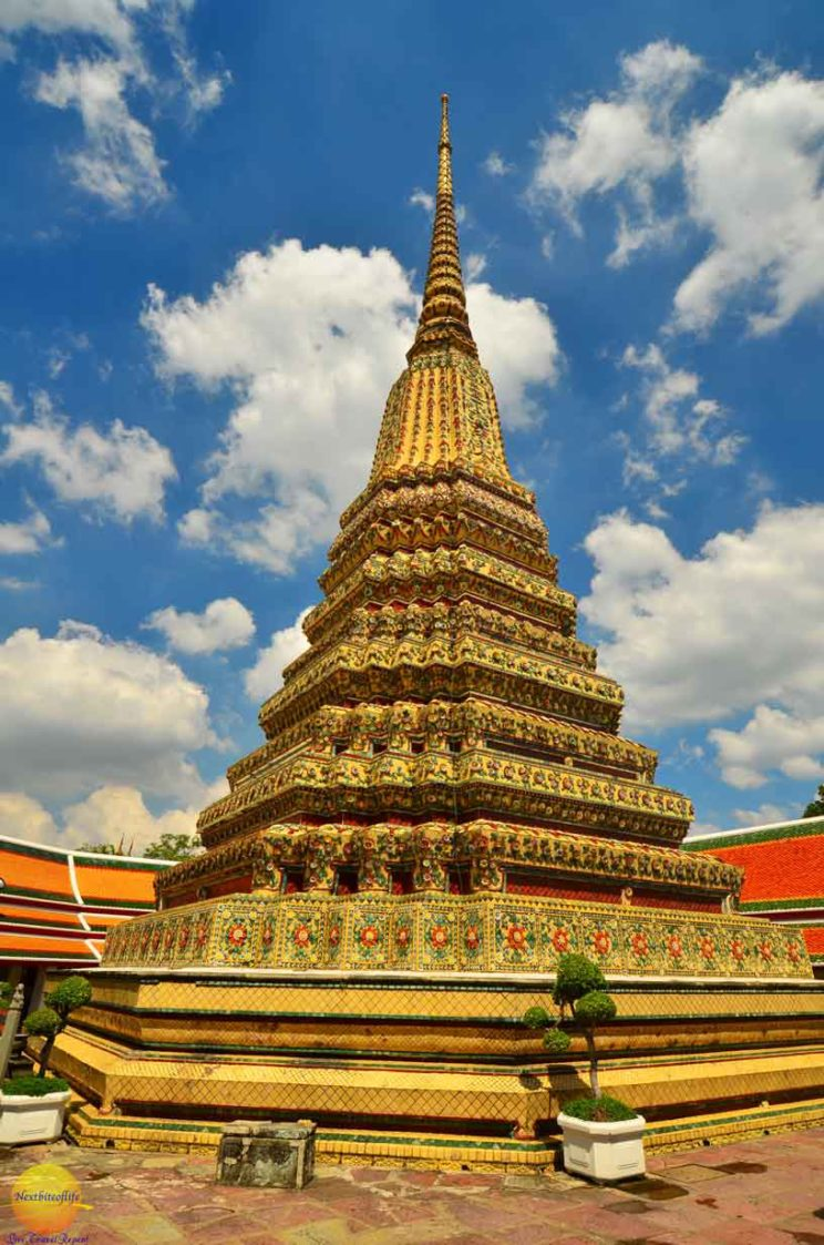 wat pho temple king rama 1 tower