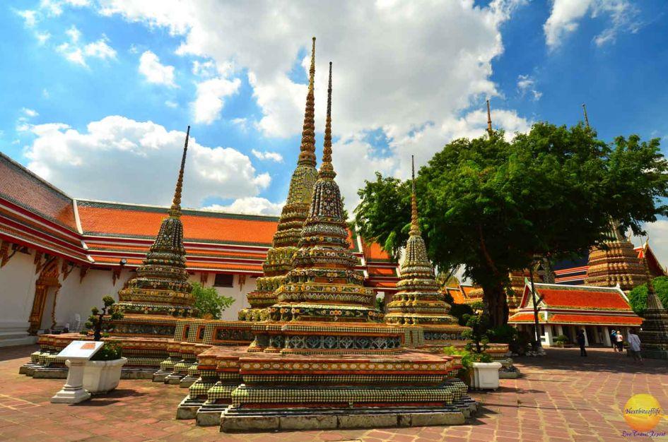 wat pho temple towers