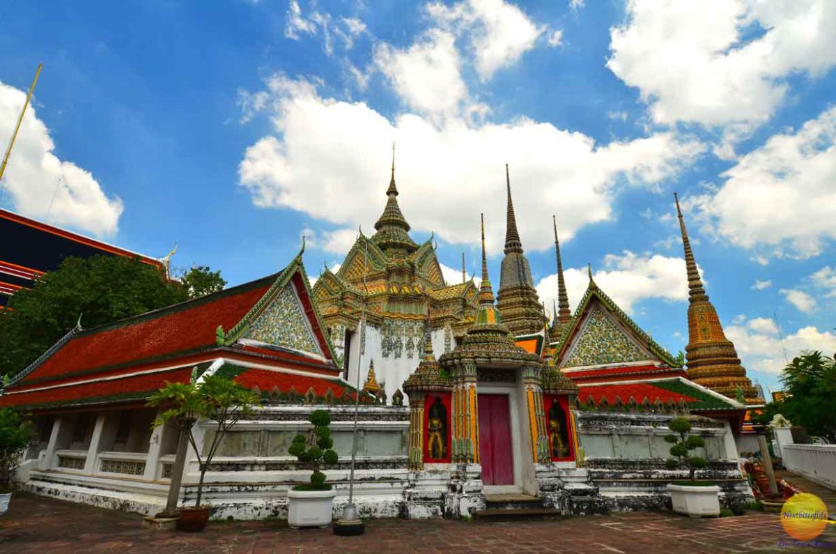 wat pho temple shrines