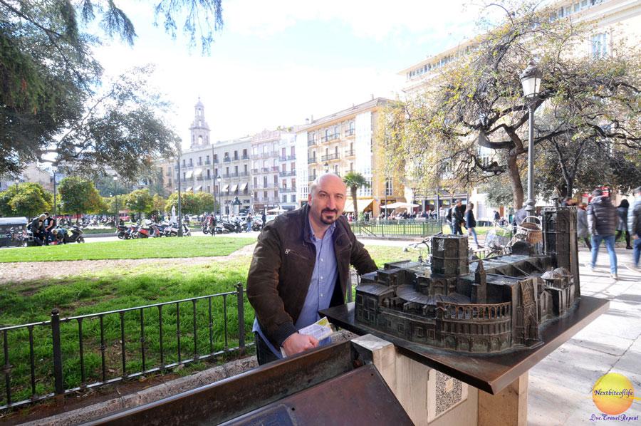 plaza in Valencia Spain