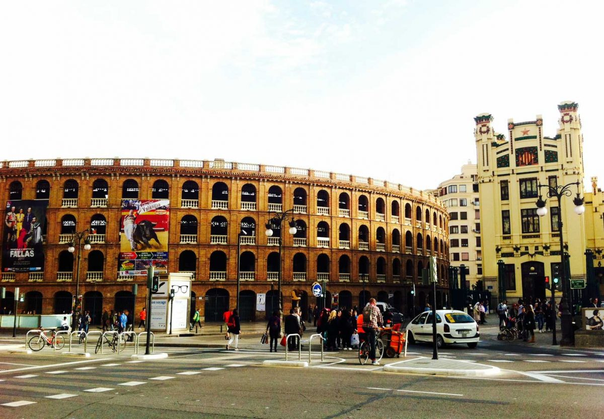 The bullring in Valencia in 3 reasons why Spain sucks for flat hunting