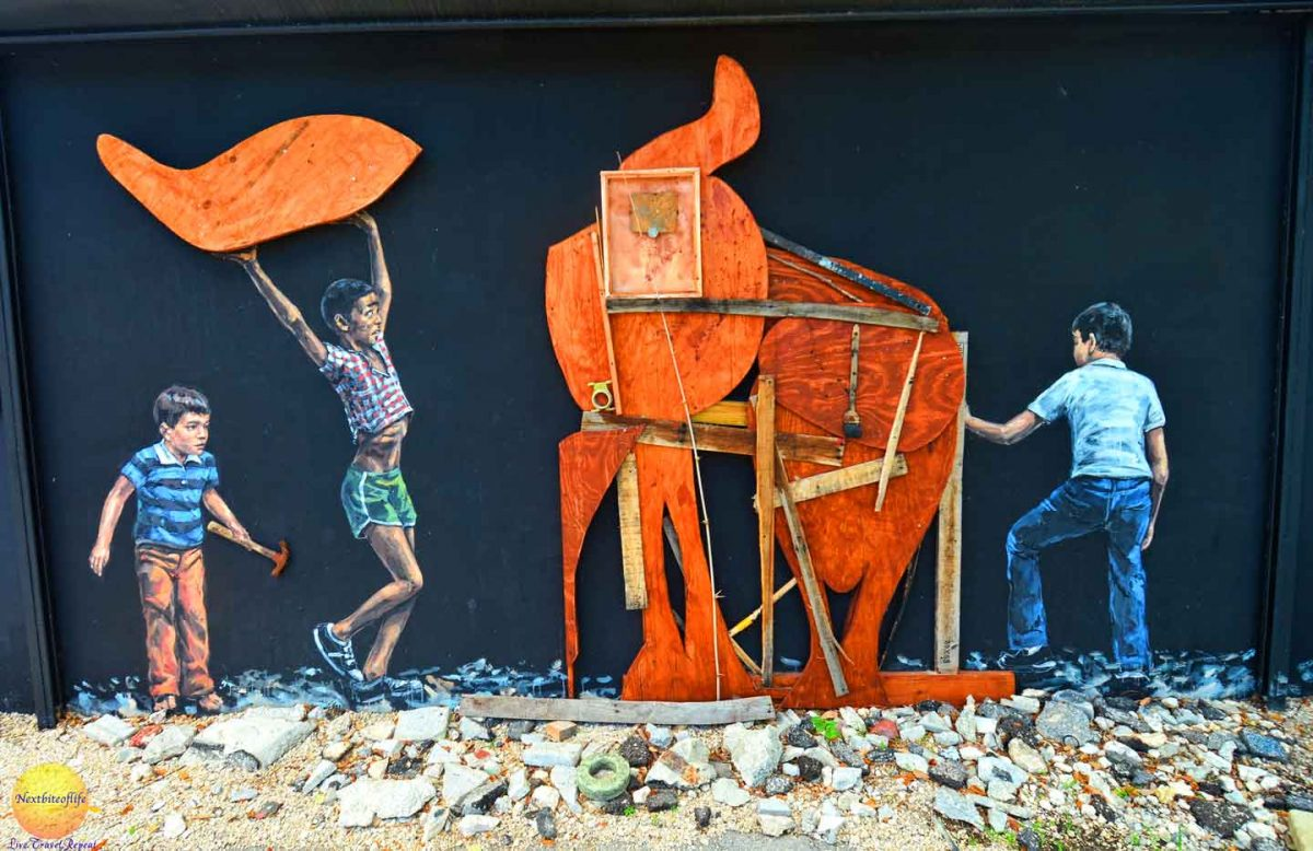 kids building elephant mural wynwood