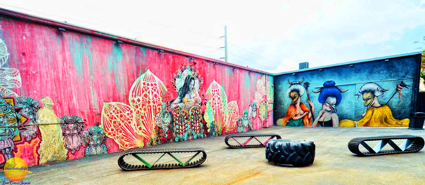 murals at wynwood with recycled tire seats