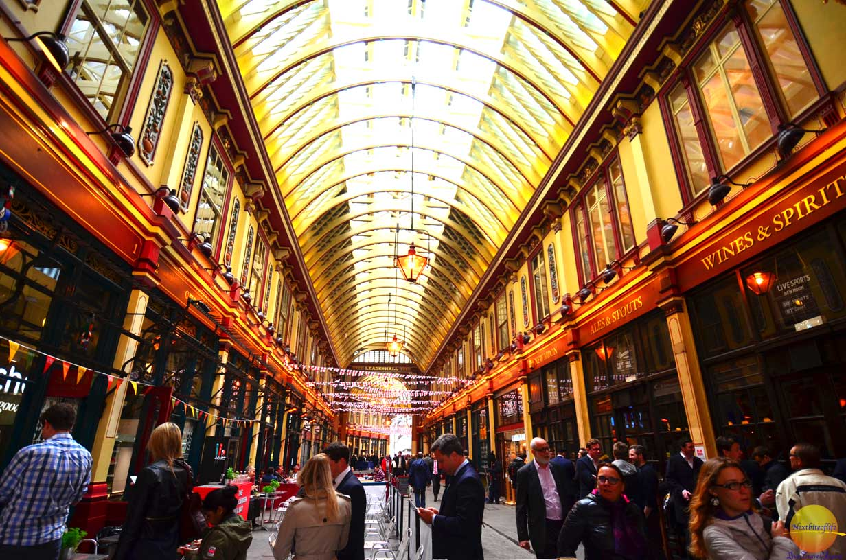 leadenhall market lines out the door