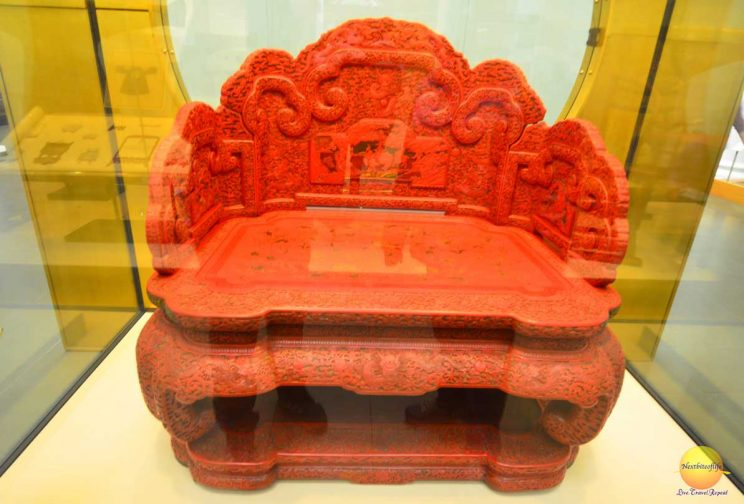 victoria and albert museum chinese dynasty bench