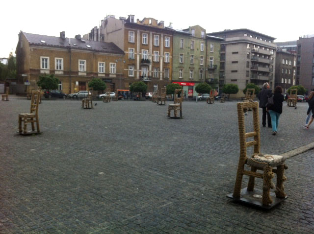 empty chair memorial krakow