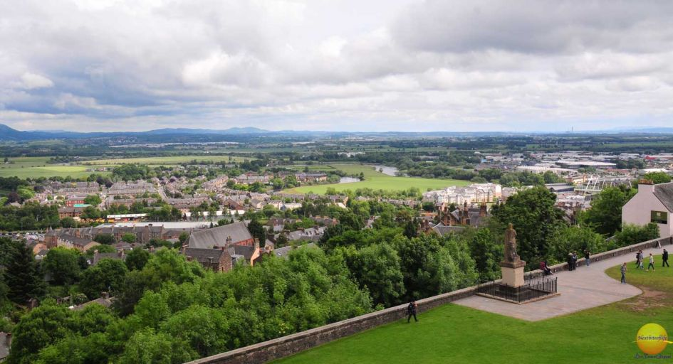 Glasgow Visitor guide Stirling castle view
