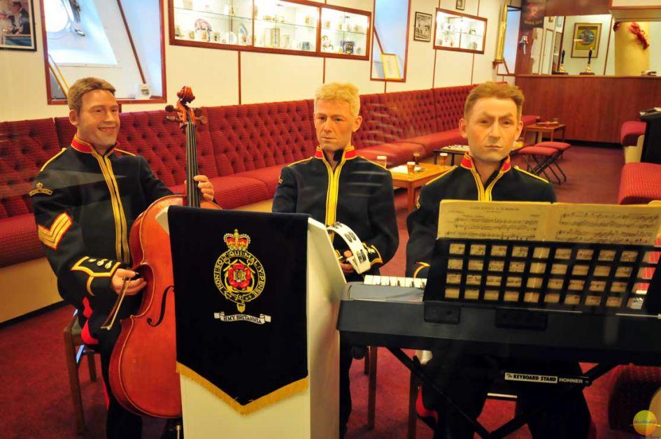 royal marine dummies royal britannia