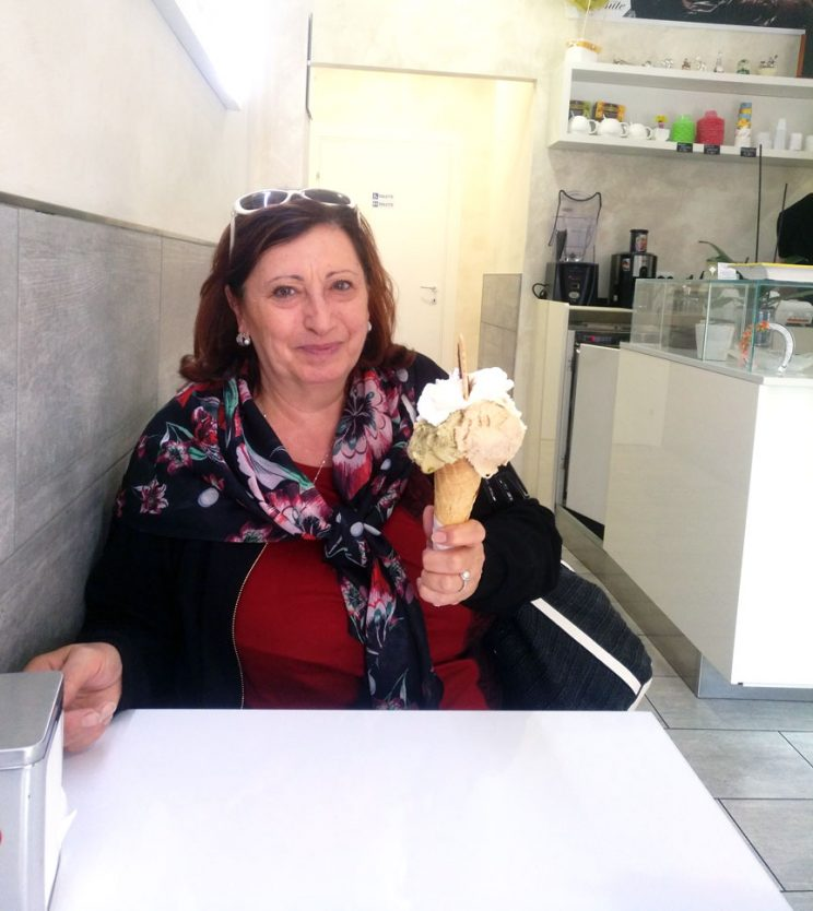 mama with gelato in Rome