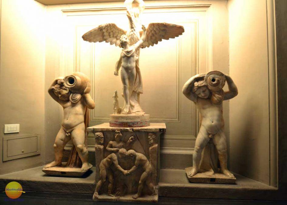cherub sulptures vatican