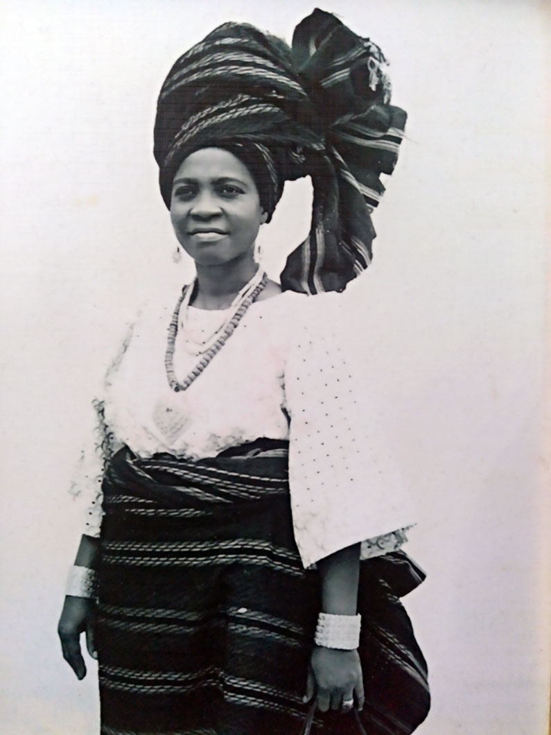 mom black and white pic in Nigerian native outfit