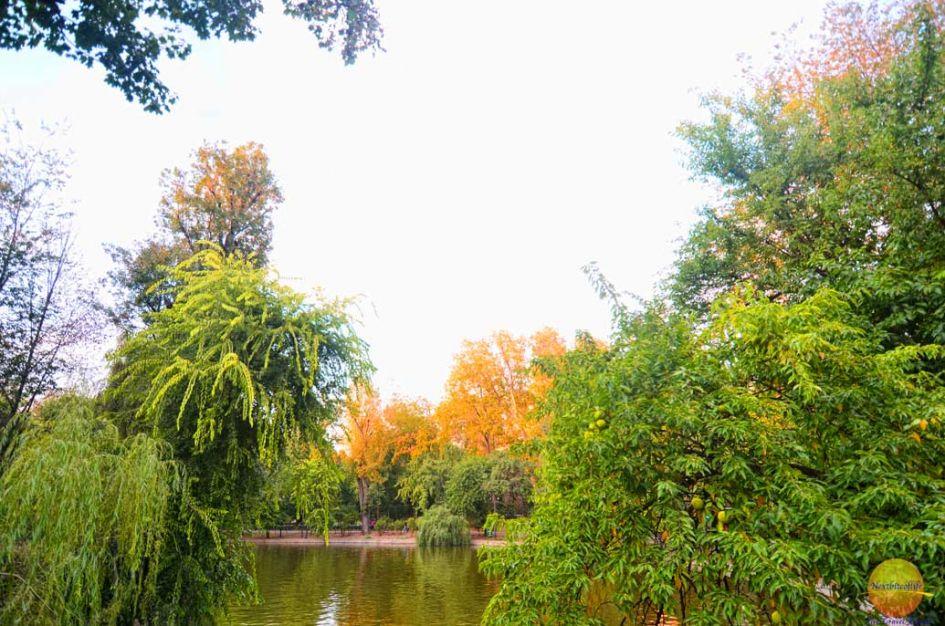 cismigiu gardens is a must visit in how to spend 4 days in Bucharest