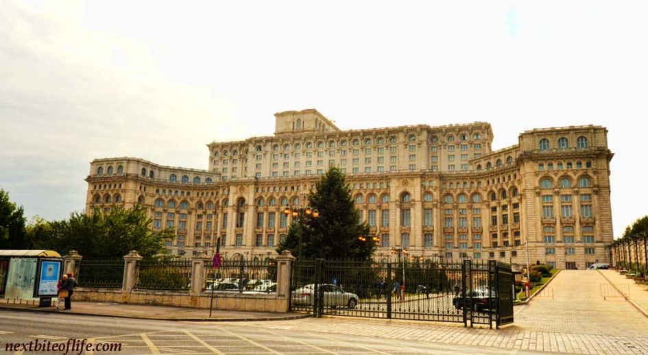 peoples palace exterior 4 days in Bucharest guide place to visit