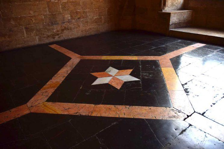 marble floor silk exchange valencia