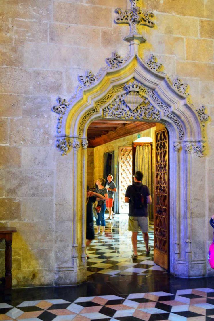 arch doorway silk exchange