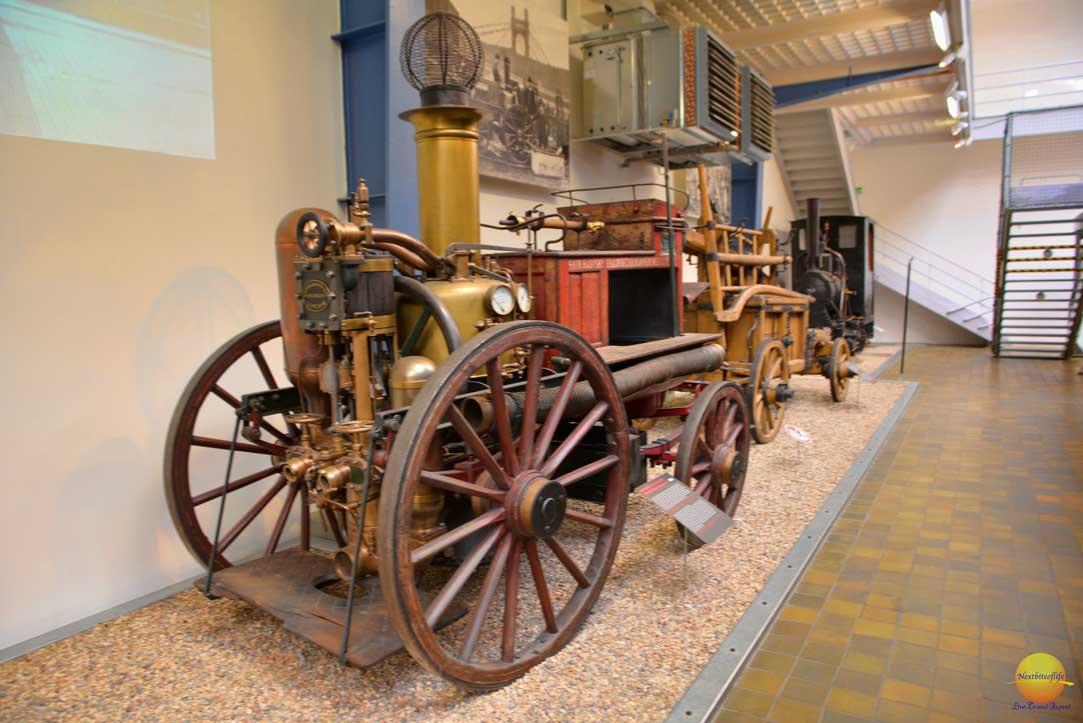 car at narodni museum
