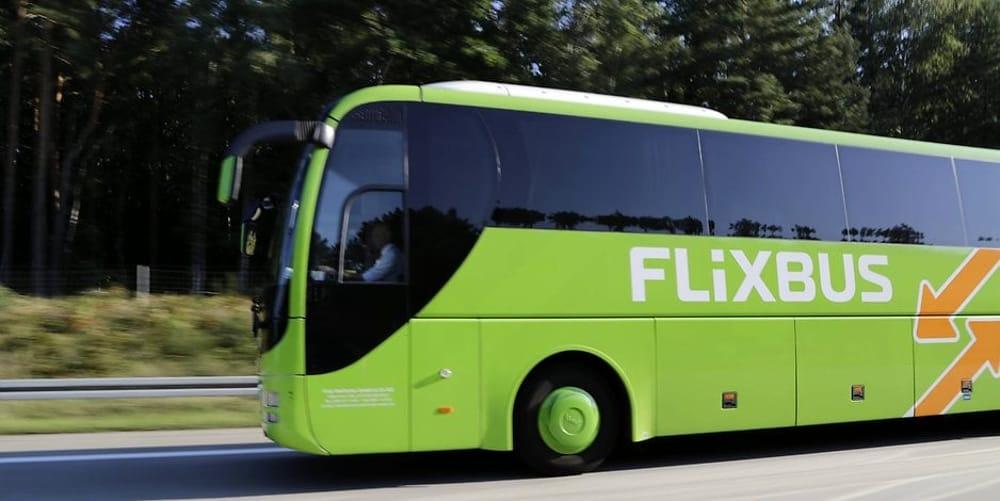 flixbus image green bus
