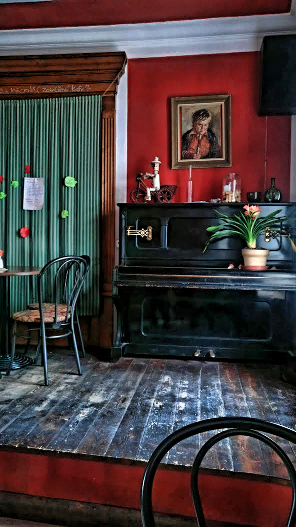 cosy bar interior in cesky krumlov #ceskykrumlov #bar
