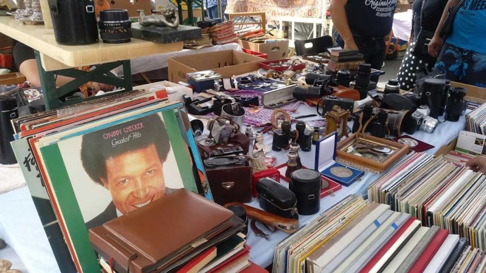 naschmarkt flea market stalls with vinyl records - a visit during our 7 days in Vienna as it was close to our Airbnb