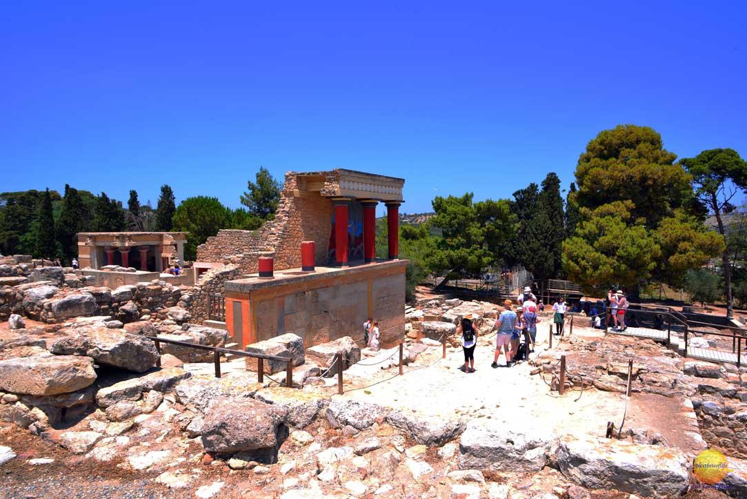 palace of knossos crete visit