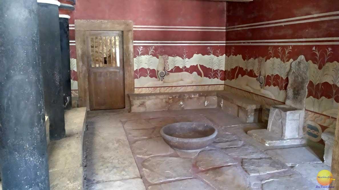 throne room knossos palace