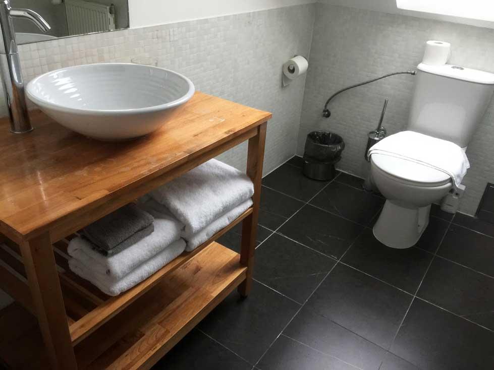 bathroom at la boutique hotel prague