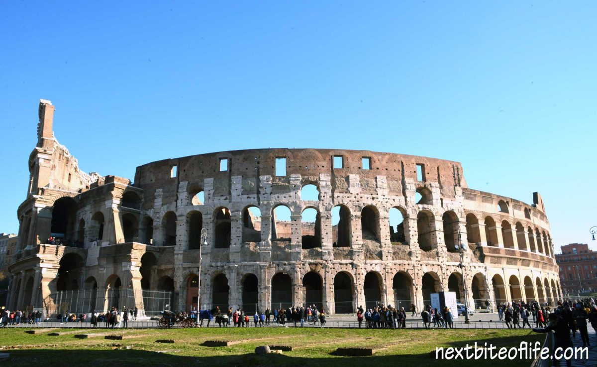 picture of Rome Colosseum outside