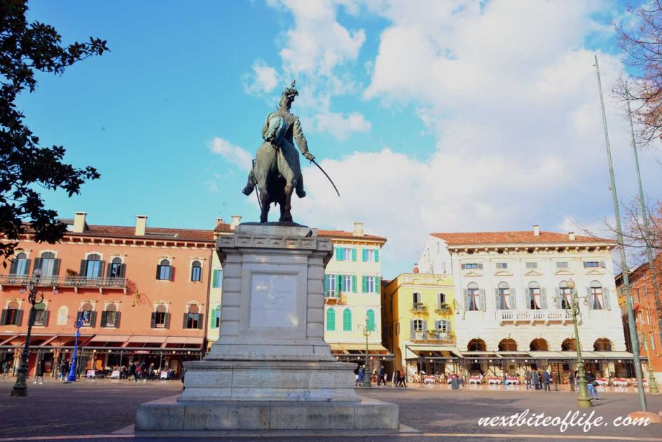 piazza Bra in Verona with statue of Manuel back