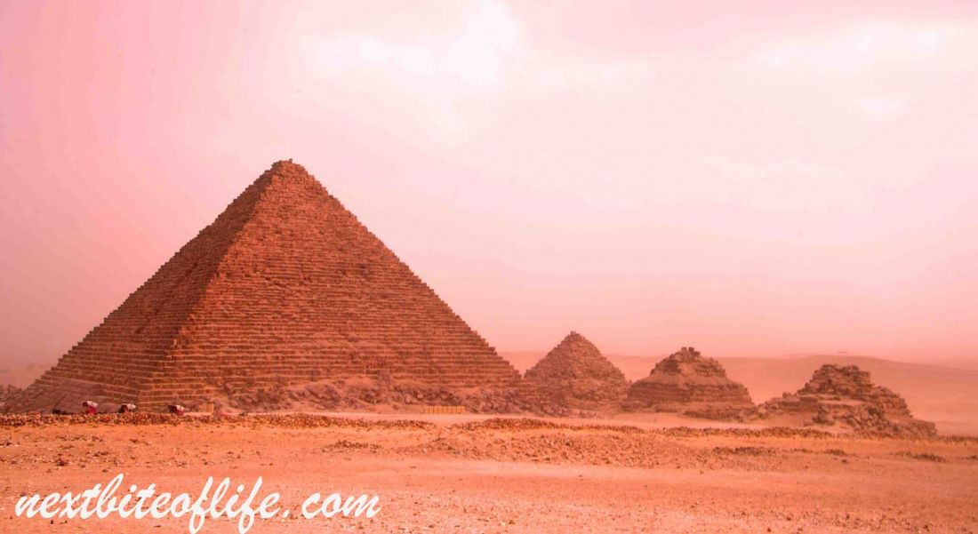 24 hours in Cairo from Hurghada image of pyramids of Giza