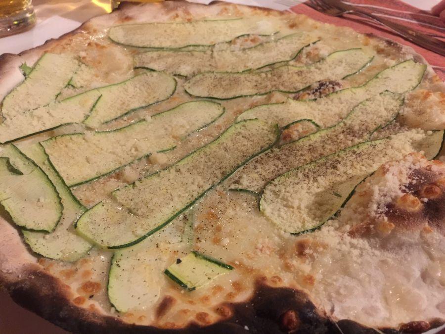 Roman pizza with zucchini