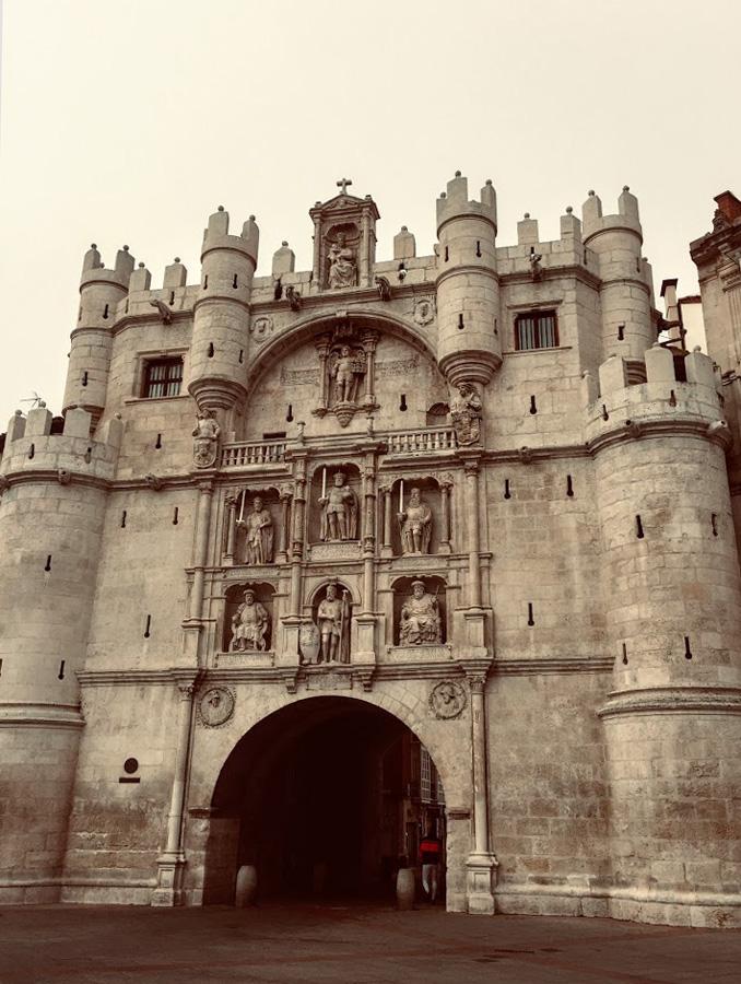 arco de santa maria Burgos Spain with open arch and sculptures
