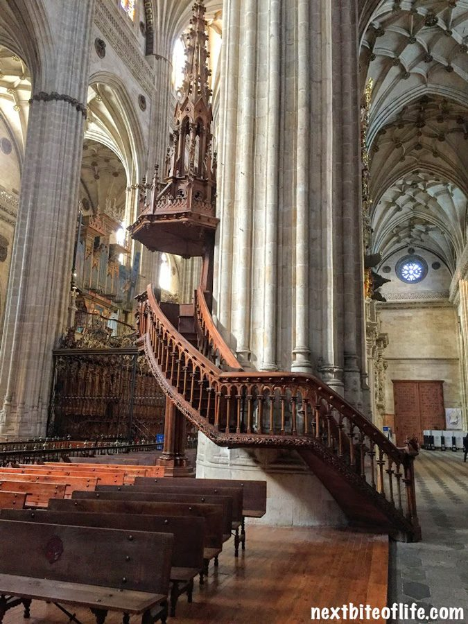 interior of cathedral old salamanca spain guide