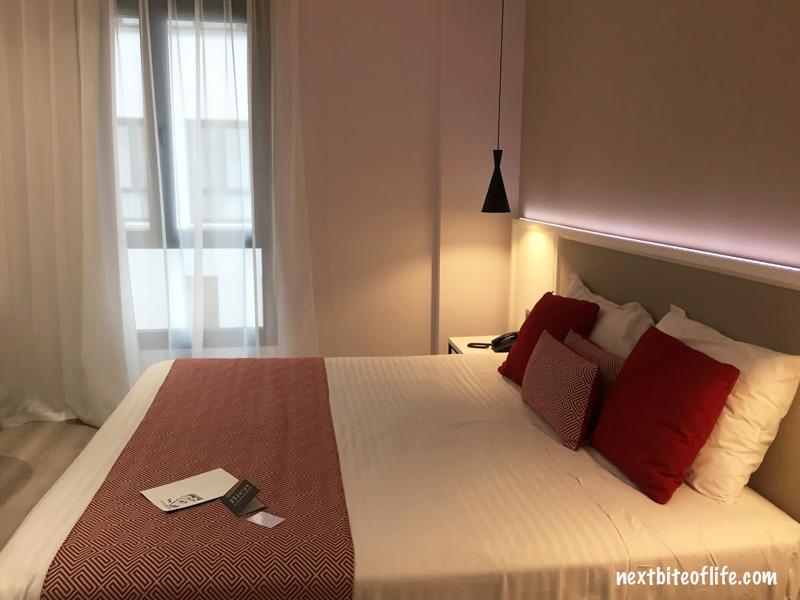 hotel room at silken rona dalba salamanca spain guide
