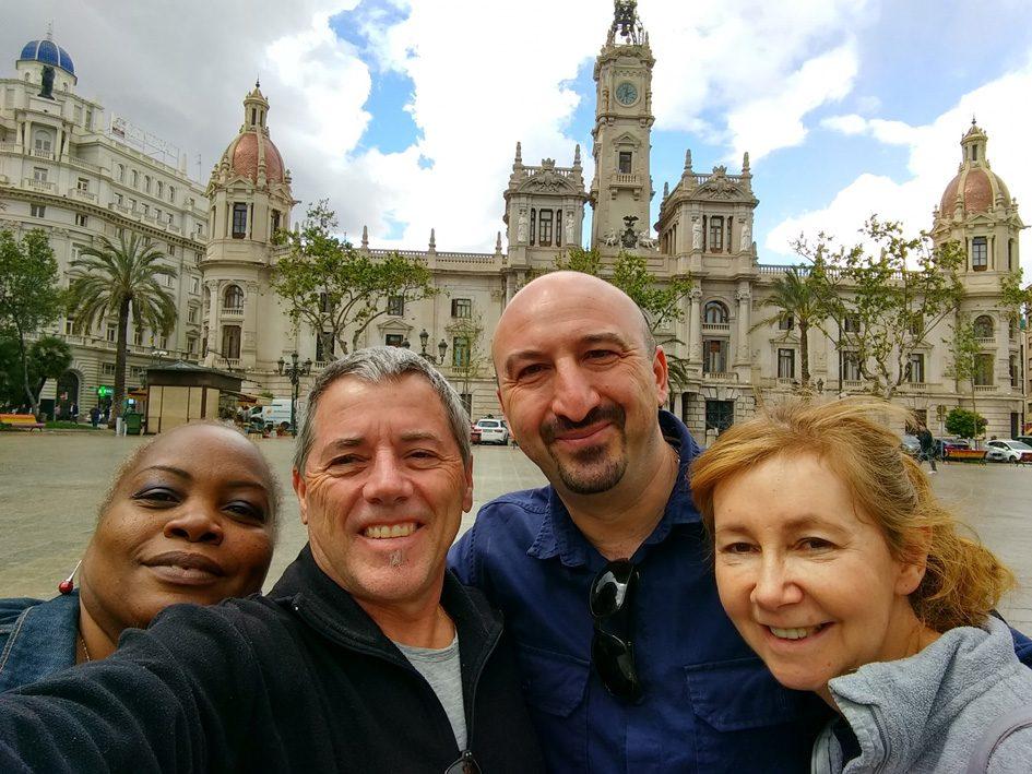 lockdown in Australia - 2 couples selfie in Valencia Spain