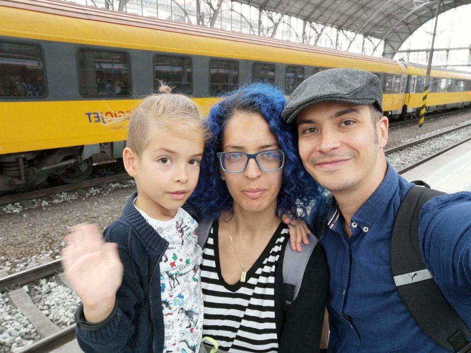 Lockdown in Romania episode calin andf faily selfie