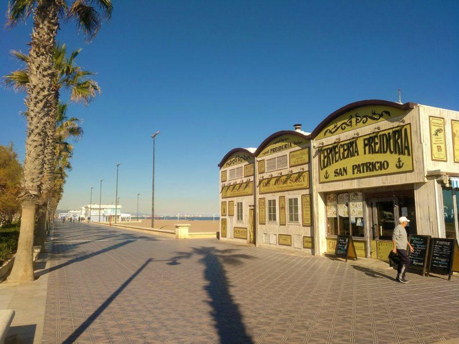 Malvarossa beach Valencia. Ten years living as an expat
