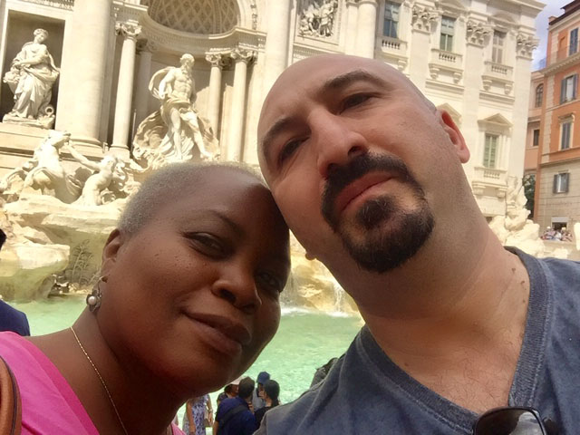 us at trevi fountain
